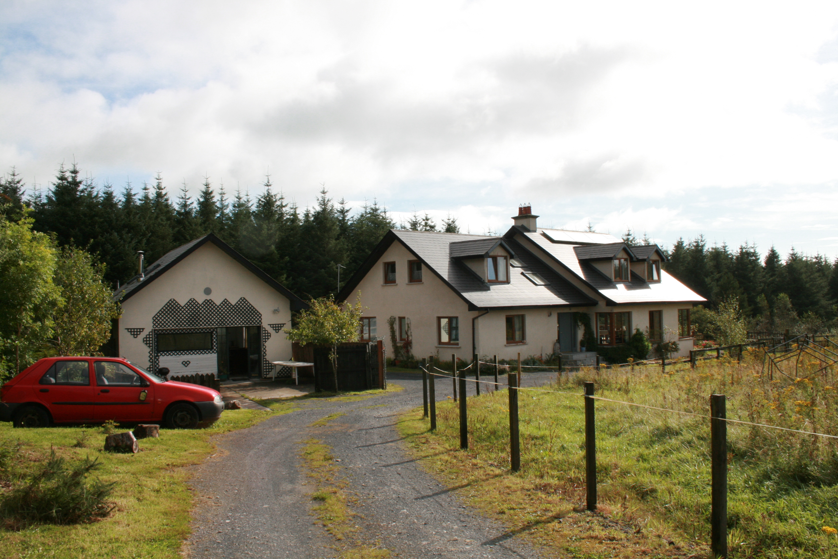 Well finished house with circa five acres of land