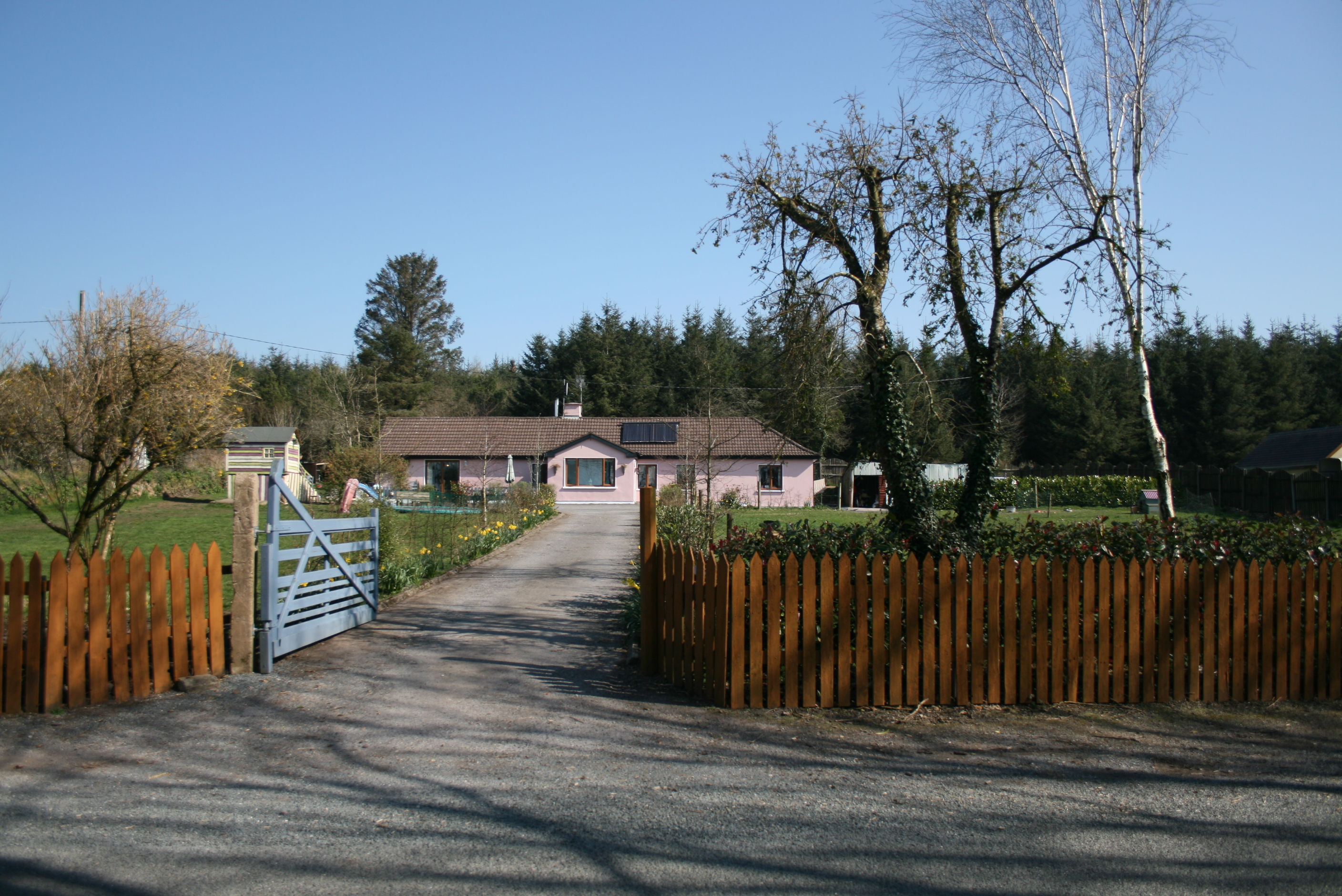 Rural 5 Bed, With Large Garden.